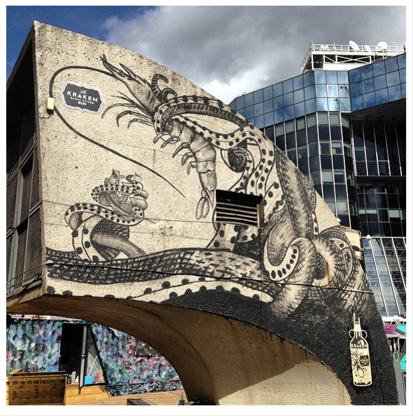 Kraken Rum inspired mural for Prawnography on Old Street Station